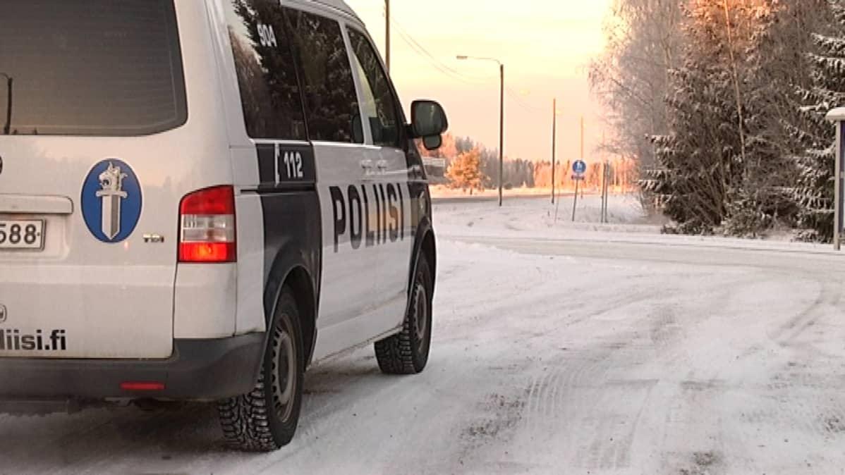 Pohjanmaan poliisinmukaan hälytystehtäviäkin tuntuu olevan suomenkielisissä kunnissa enemmän.