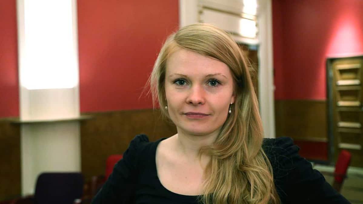 Ohjaaja Saara Turunen.
