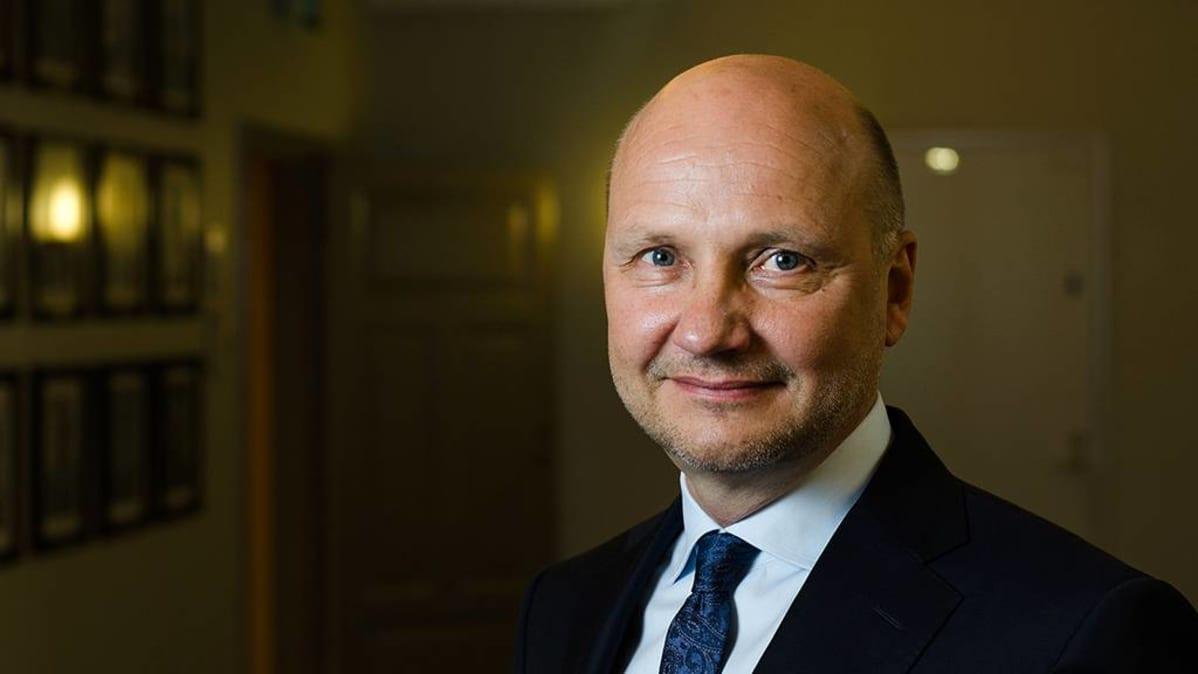 Kansliapäällikkö Jari Gustafsson.