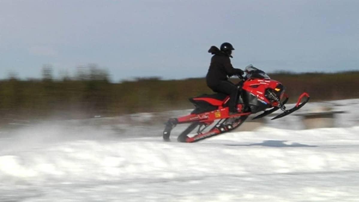 OuluZonessa on käynnistynyt Snow Cross -harjoittelu.