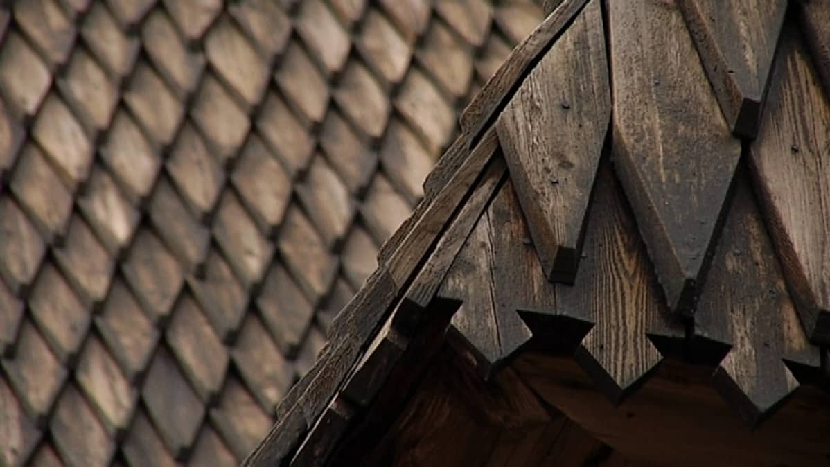 Petäjäveden kirkon katto