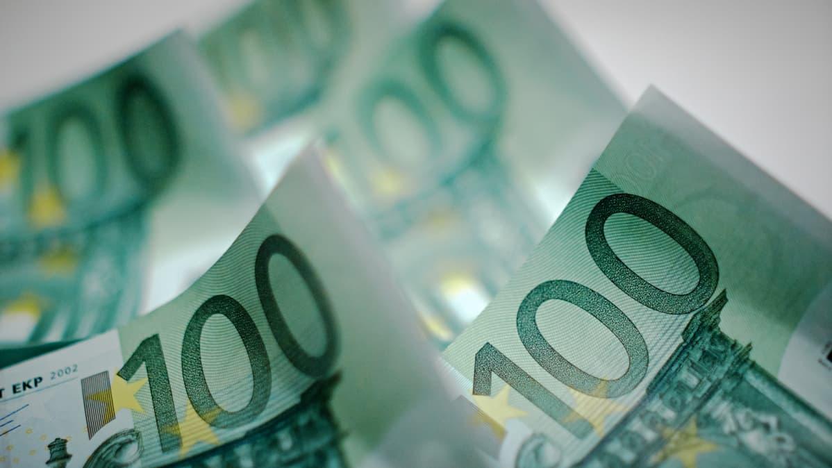 Miten 5000 euroa kannattaisi sijoittaa?
