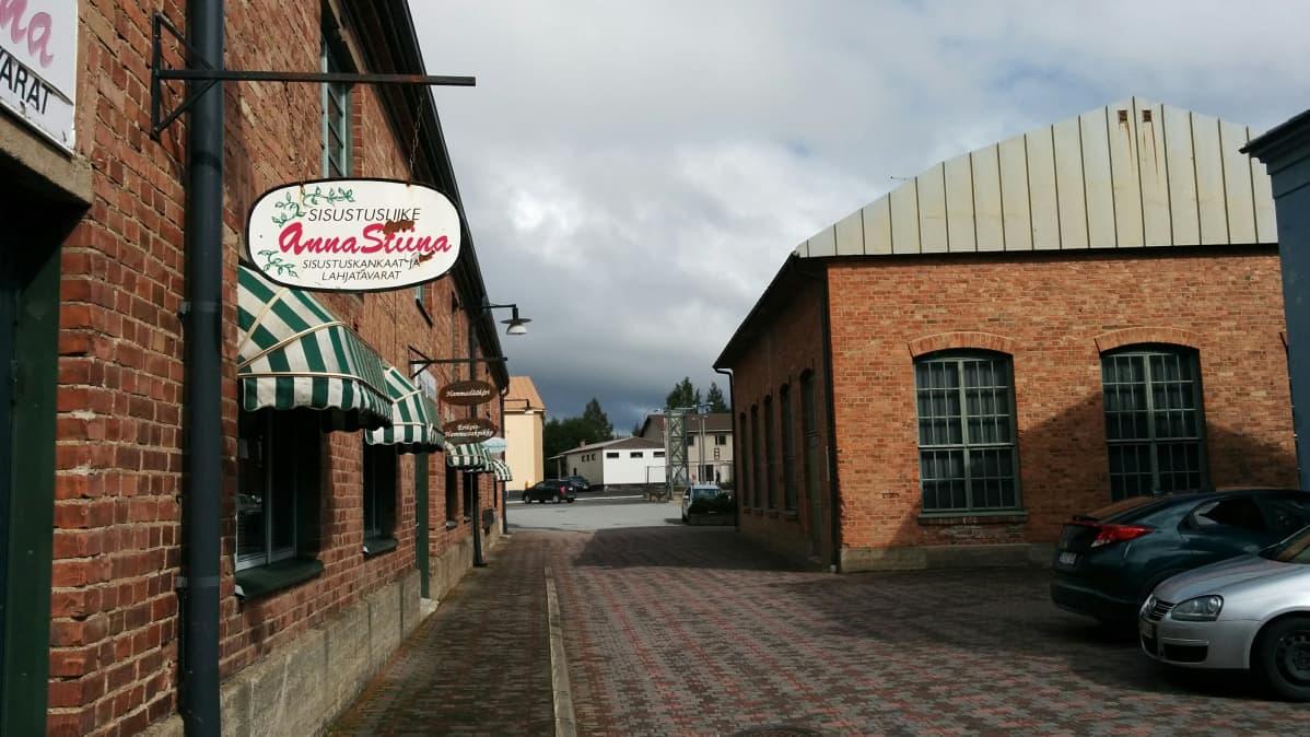 Vanhan Paukun liiketilat kiinnostavat yrityksiä Lapualla.