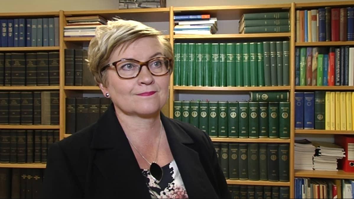Kuntaministeri Anu Vehviläinen maakuntauudistus Rovaniemi elokuu 2016