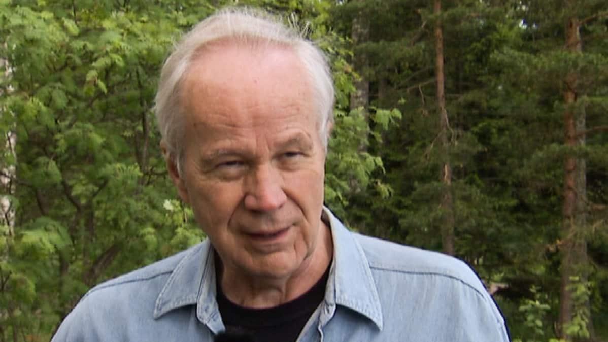 Vaalikoneen isä Erkki Vihtonen.