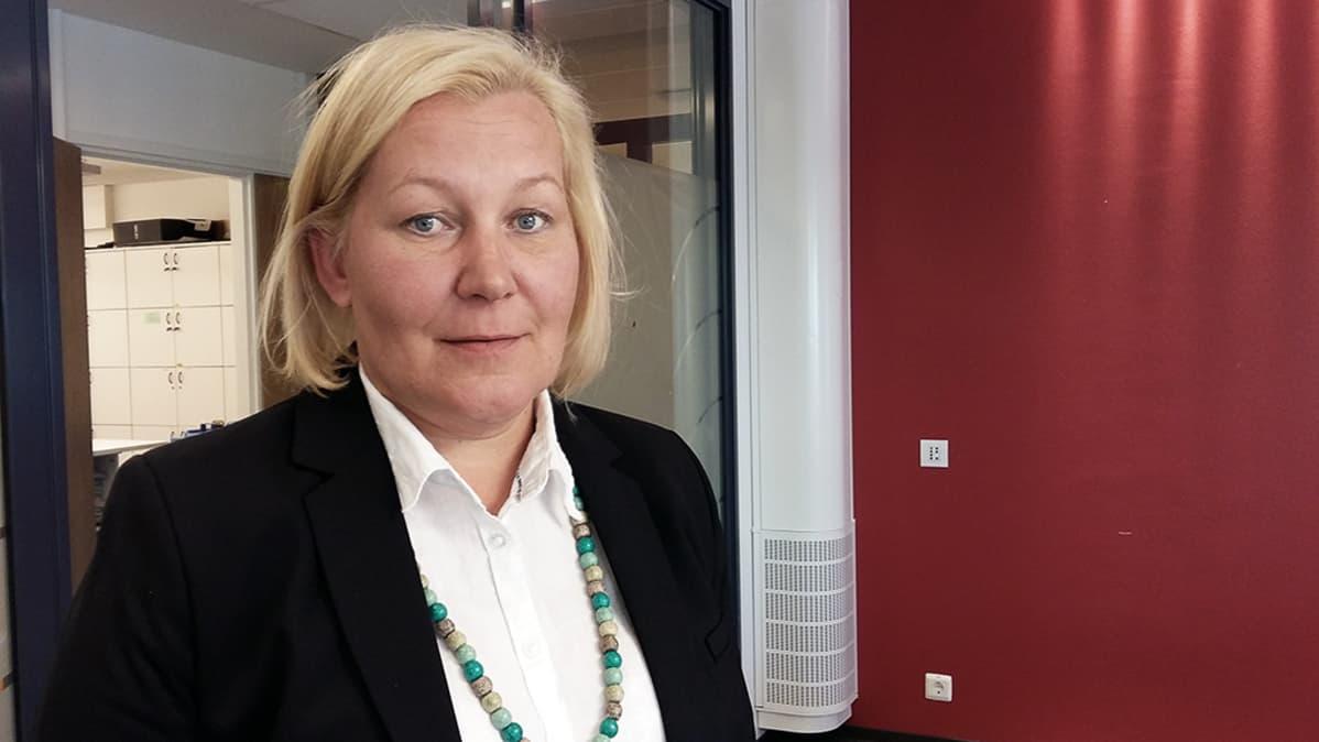 Tehyn järjestöasiantuntija Arja Tuomisoja.