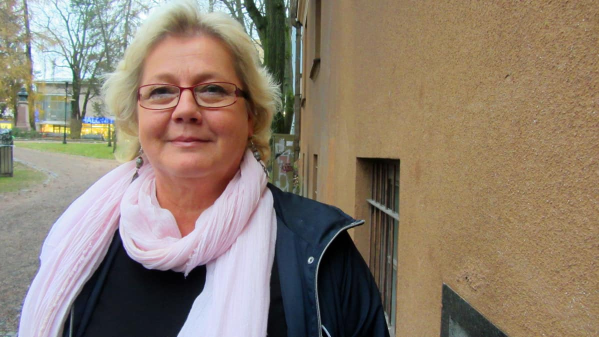 Kuvassa Annika Ojatalo
