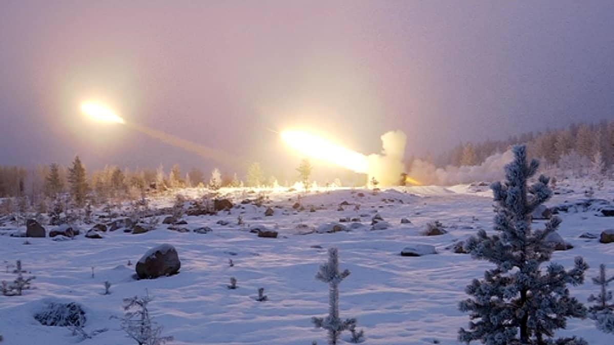 Maavoimien sotaharjoitus Rovajärvellä 24.11.2016