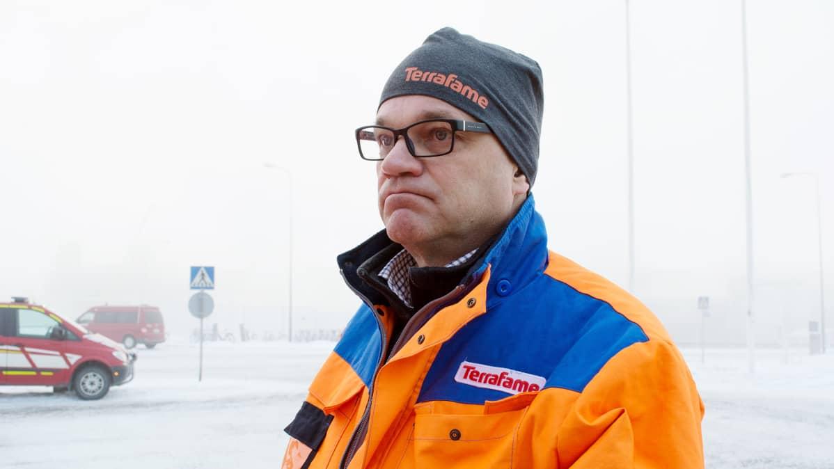 Pääministeri Juha Sipilä Terrafamen tehtaalla 14.11.2016