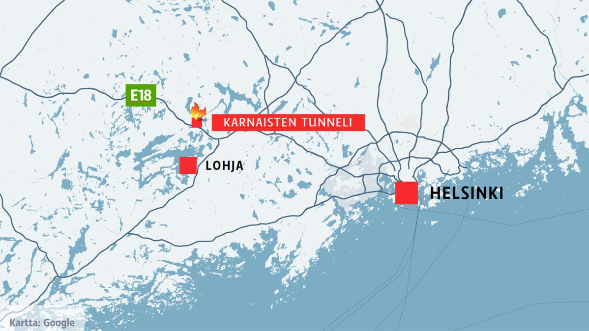 Rekka Paloi Tunnelissa Liikenne Ruuhkautui Moottoritiella