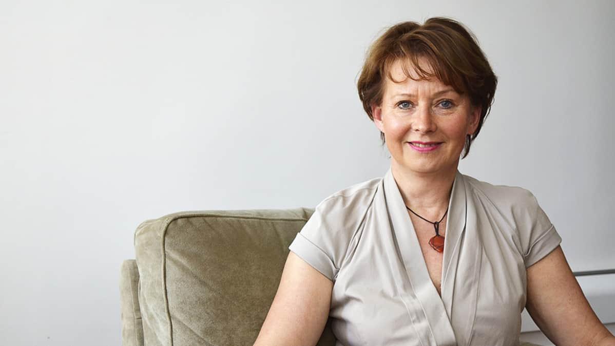 Apulaisvaltakunnansyyttäjä Raija Toiviainen.