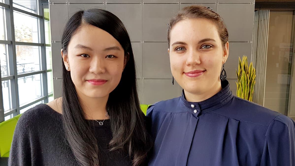 YilinZhao ja Sara Battiston