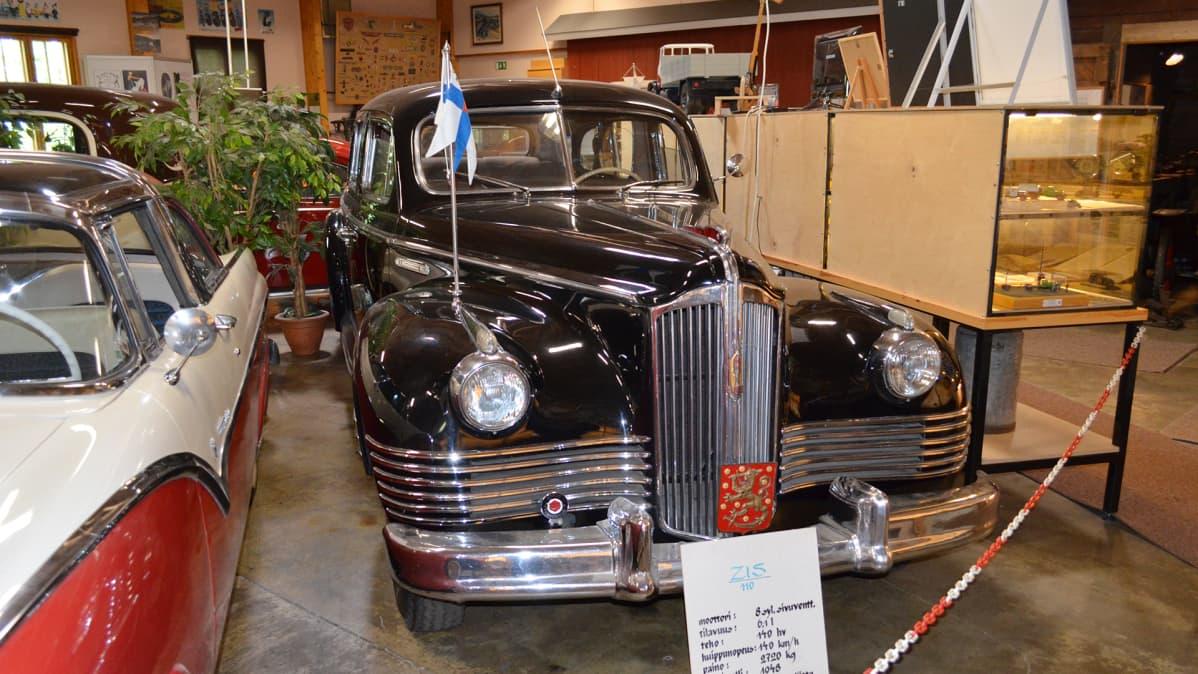 Zis 110 vuodelta 1948.