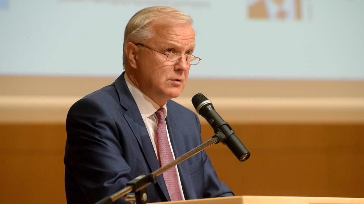 Olli Rehn Päämajasymposiumissa Mikkelissä 1. heinäkuuta 2017.