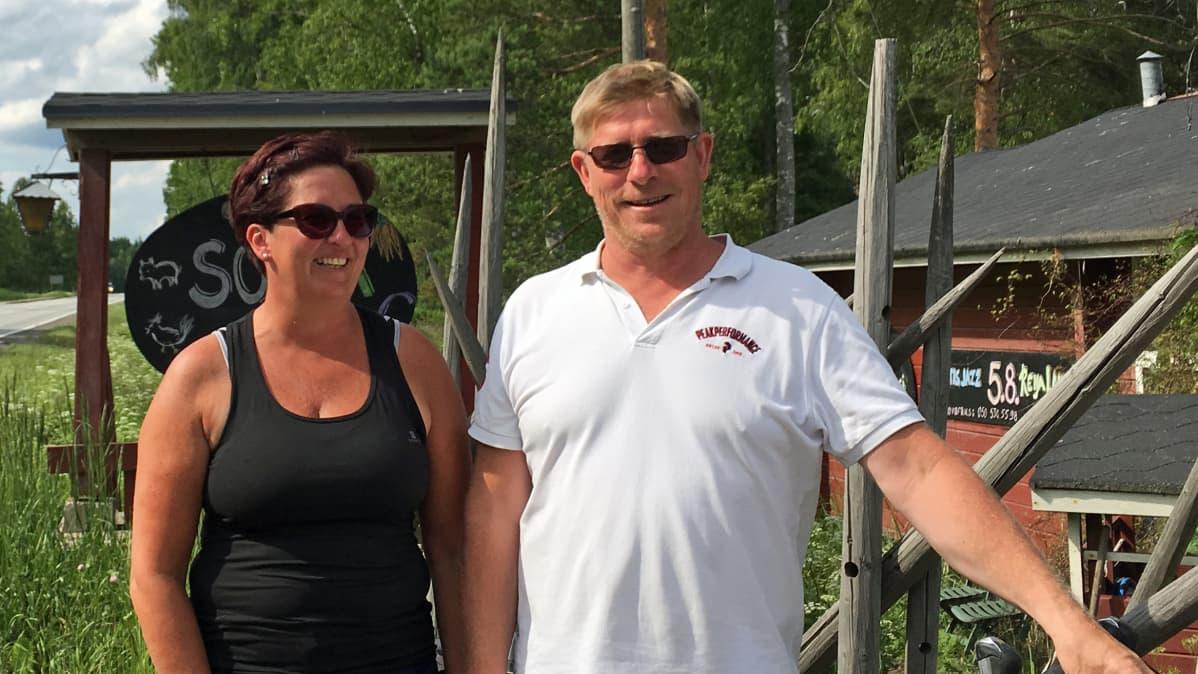 Piia Sirerma-Hirvonen ja Ari Hirvonen