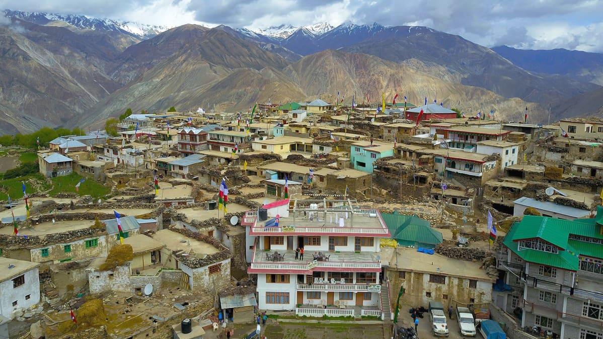 Vuoristokylä Himalajalla.