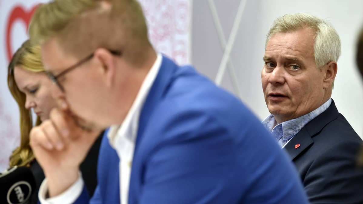Antti Rinne SDP:n kesäkokouksen tiedotustilaisuudessa Kouvolassa keskiviikkona.