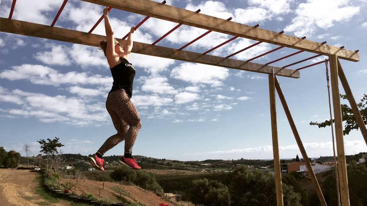 Laura Peippo Mikes Gym Marbella-treenipaikassa.