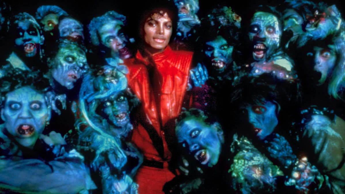 Michael Jackson ympärillään hirviöitä.