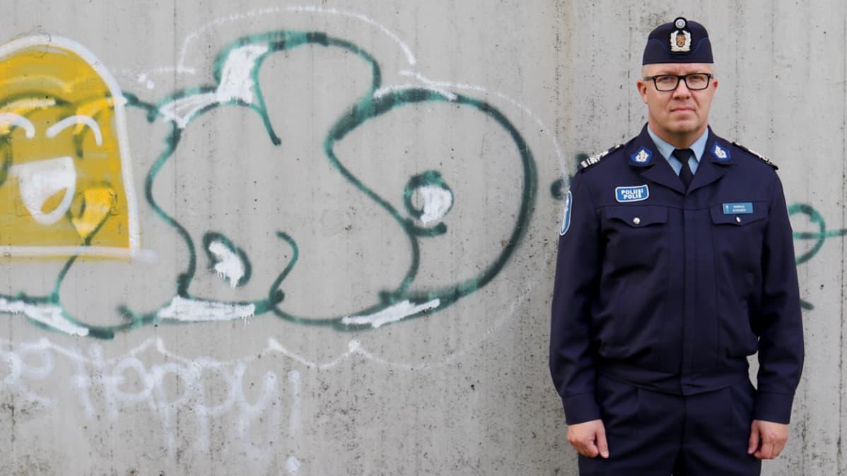 Rikosylikomisario Markus Kiiskinen Oulun poliisilaitos