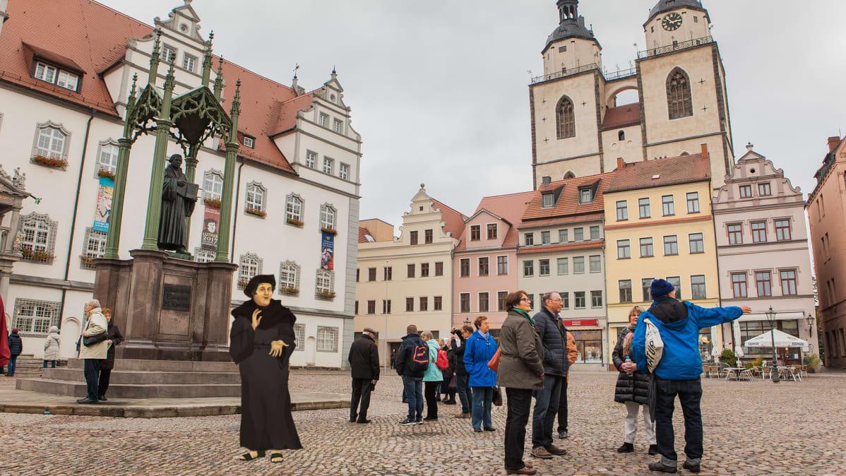 Luther seikkailee nykyajassa