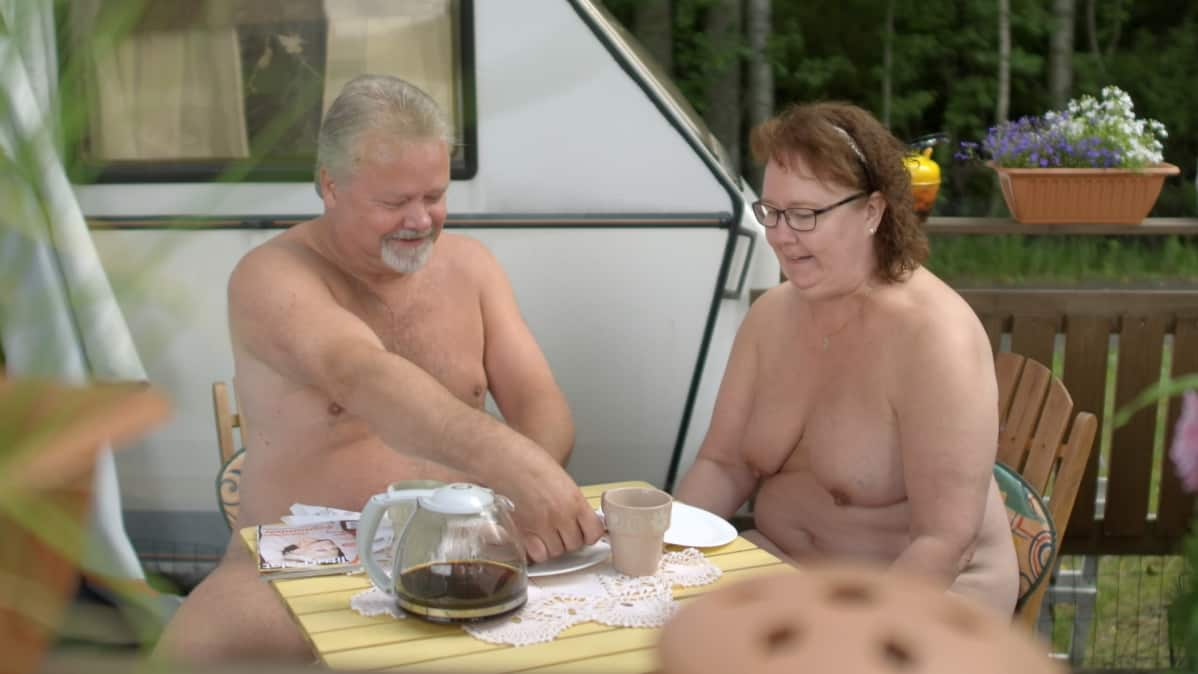 Ebony BBW creampie porno