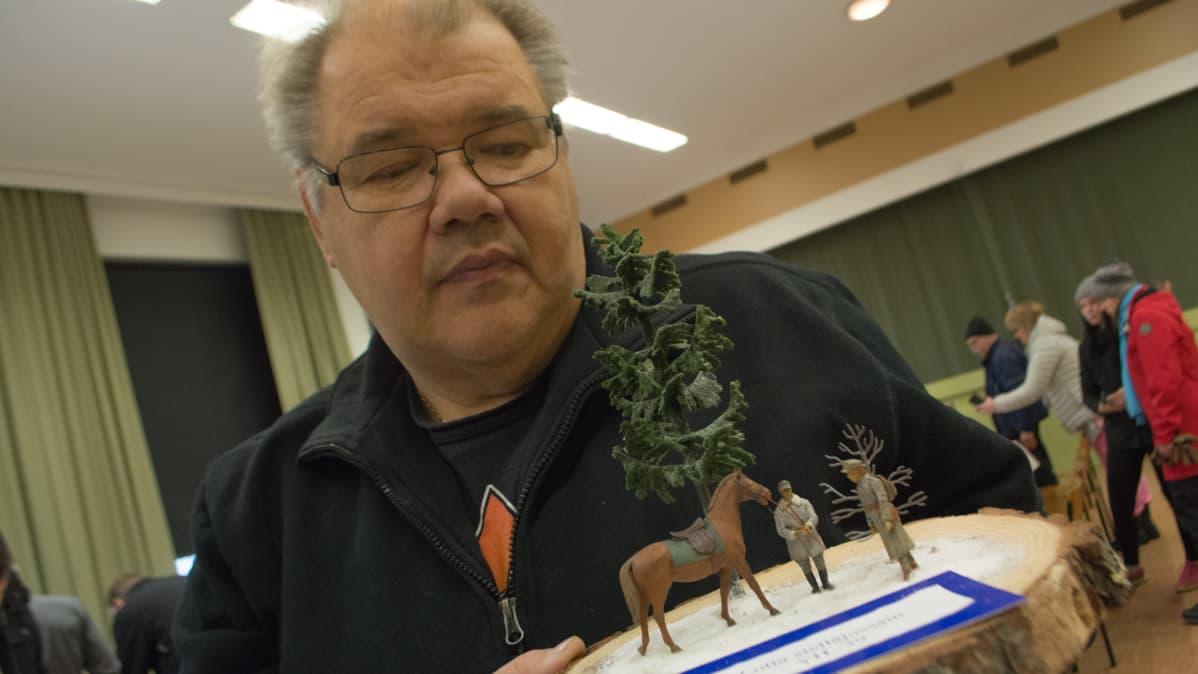 Pienoismalliharrastaja Jari Männikkö