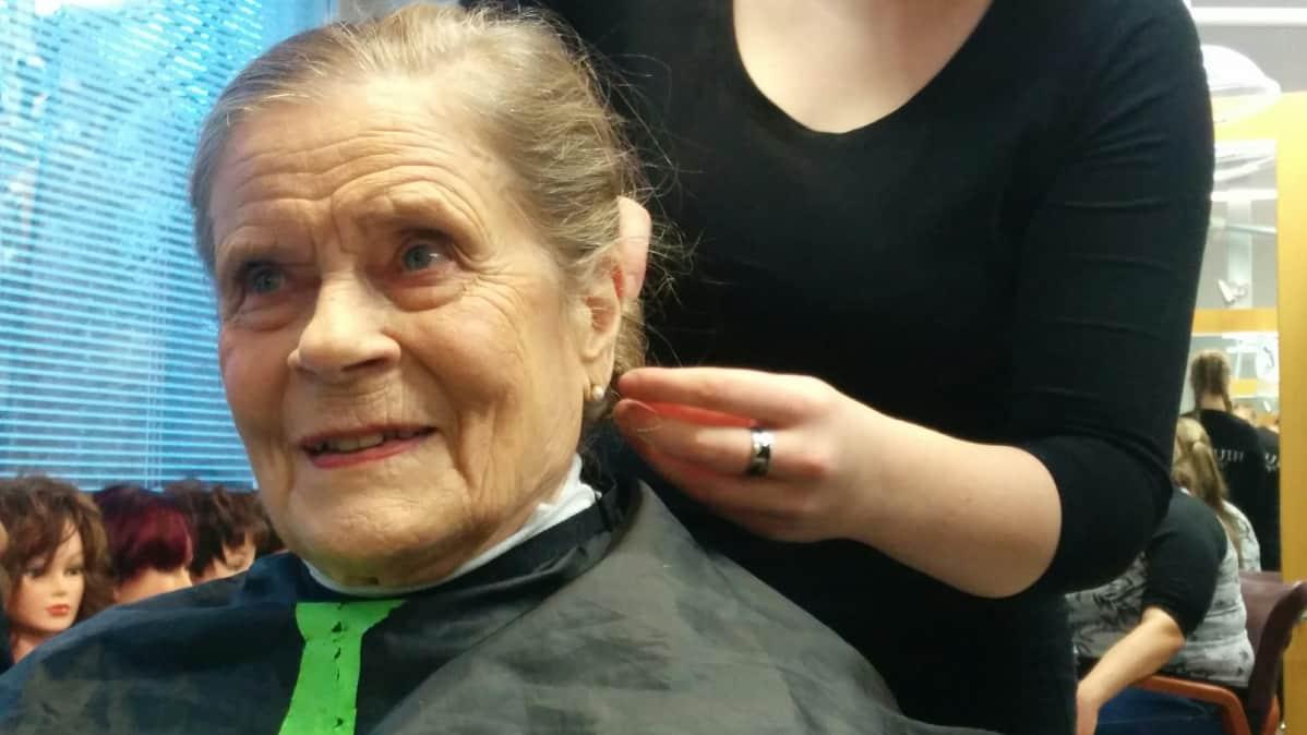 Lucia-mummo -ehdokas Anna-Maija Sillanpää.