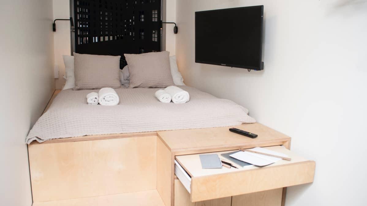 5,5 neliön hostellihuone soveltuu etenkin edulliseen nukkumiseen.