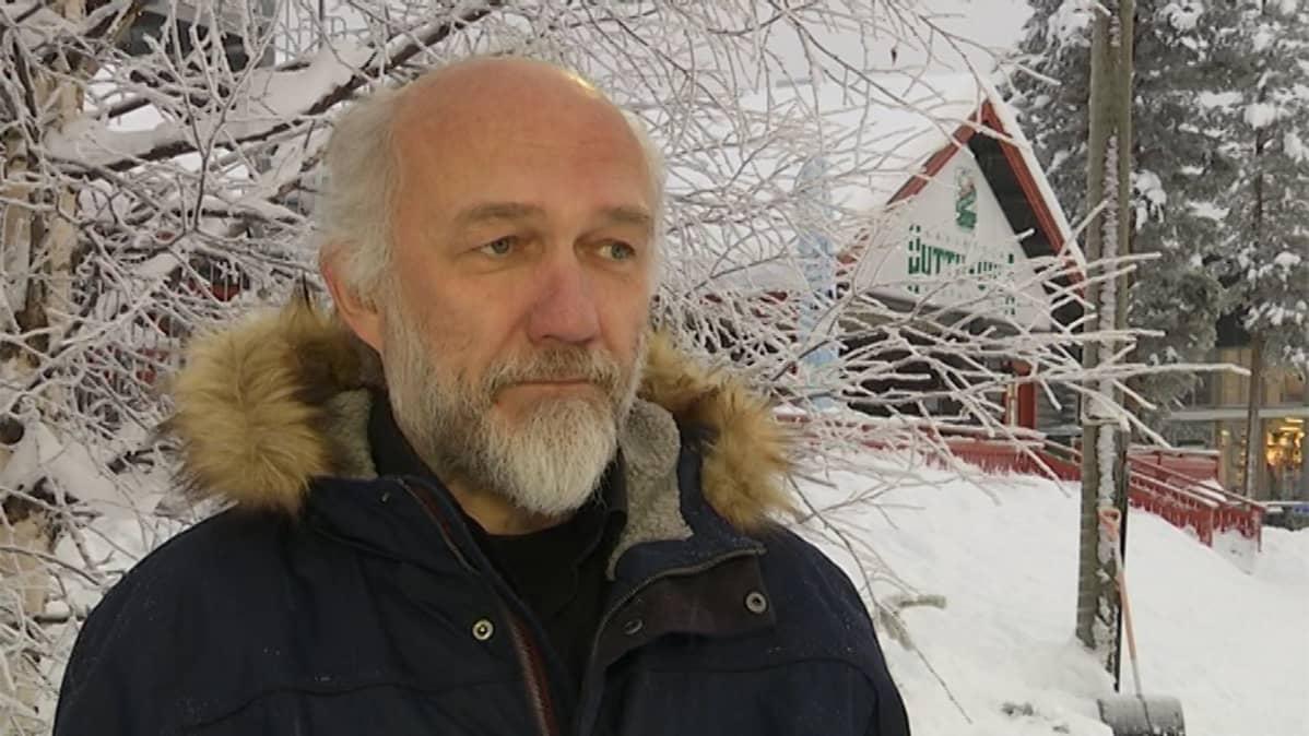 Ravintola Huttu-Uulan isäntä Ahti Isojärvi Pyhätunturilta