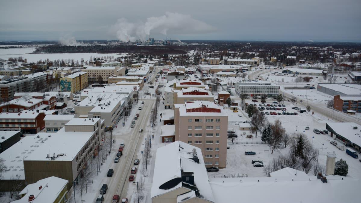 Kemin kaupungin keskusta korkealta kuvattuna.