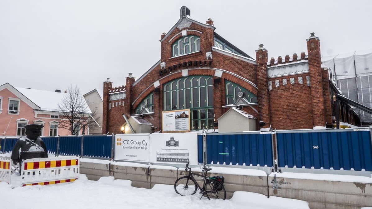 Oulun kauppahalli remontissa tammikuu 2020