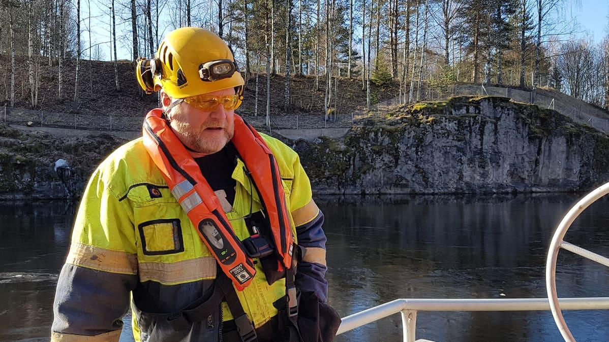 Kanavan huoltomies Pekka Lehtipuro