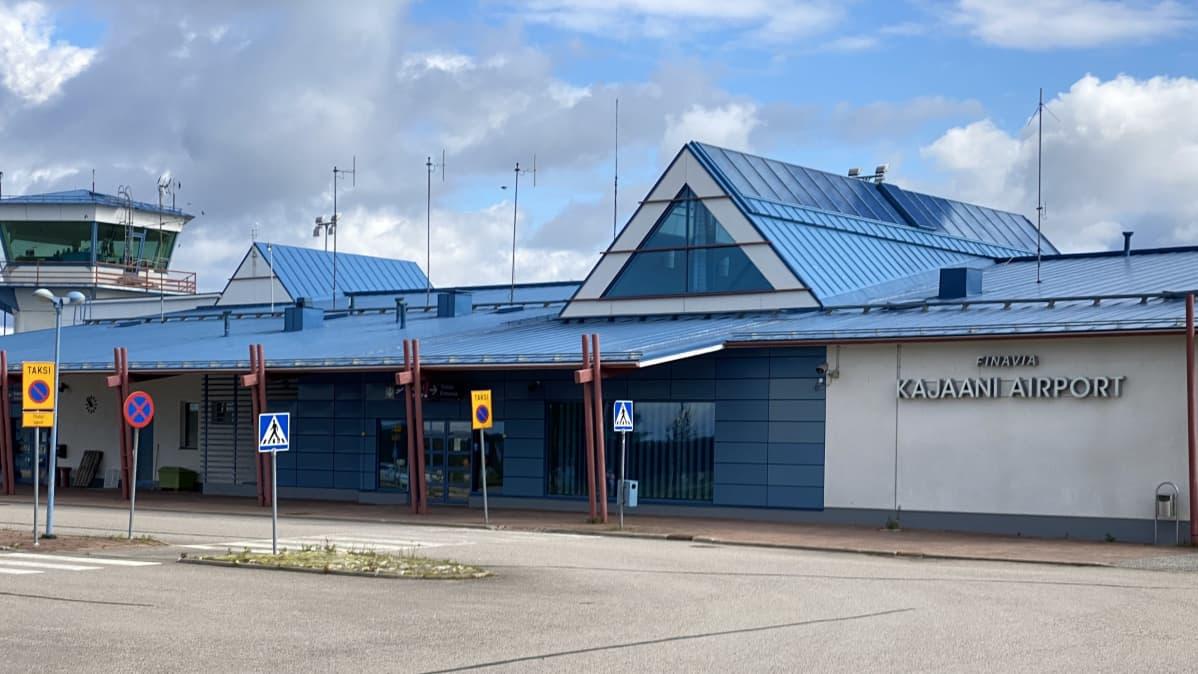 Hiljainen Kajaanin lentoasema.