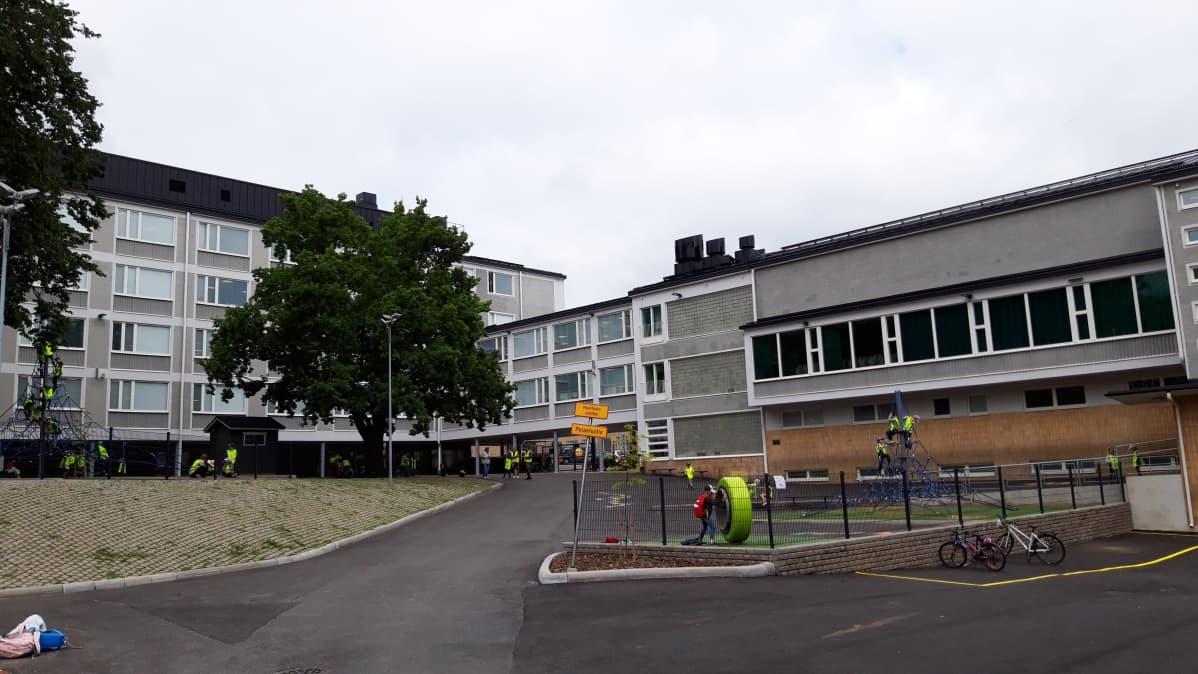 Uusittu Turun Puolalan koulu