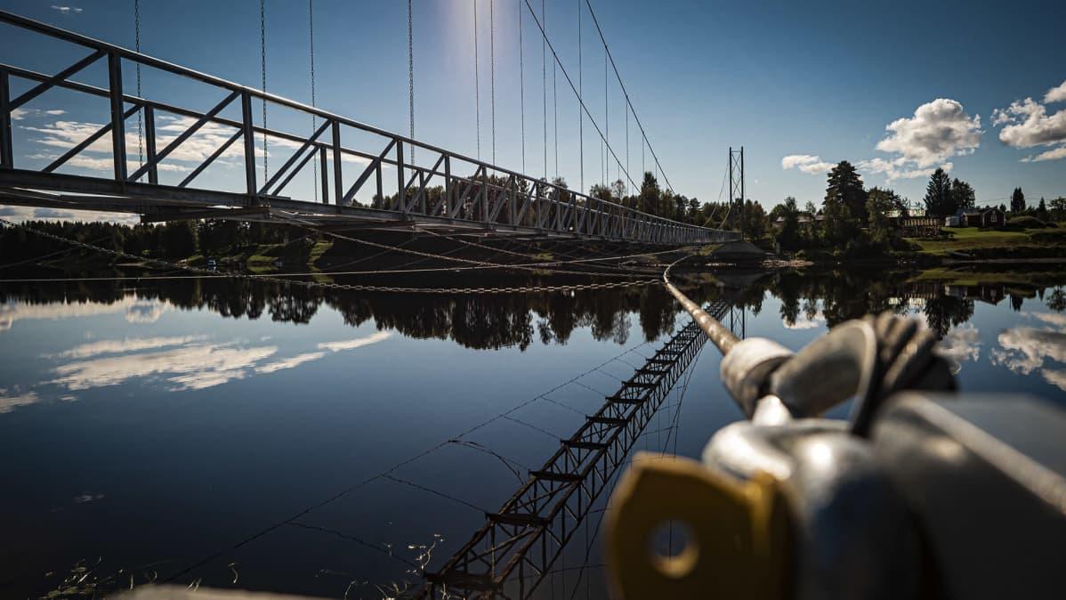 Jakkukylän silta pahasti kesken