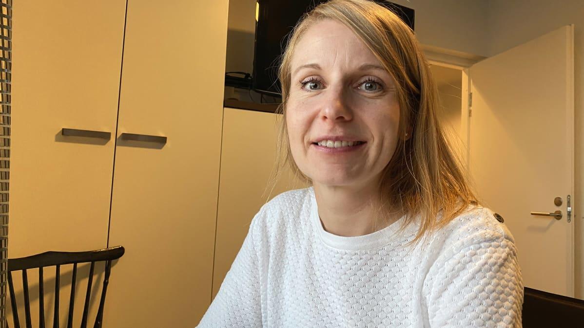 Kuvassa Johanna Jansson