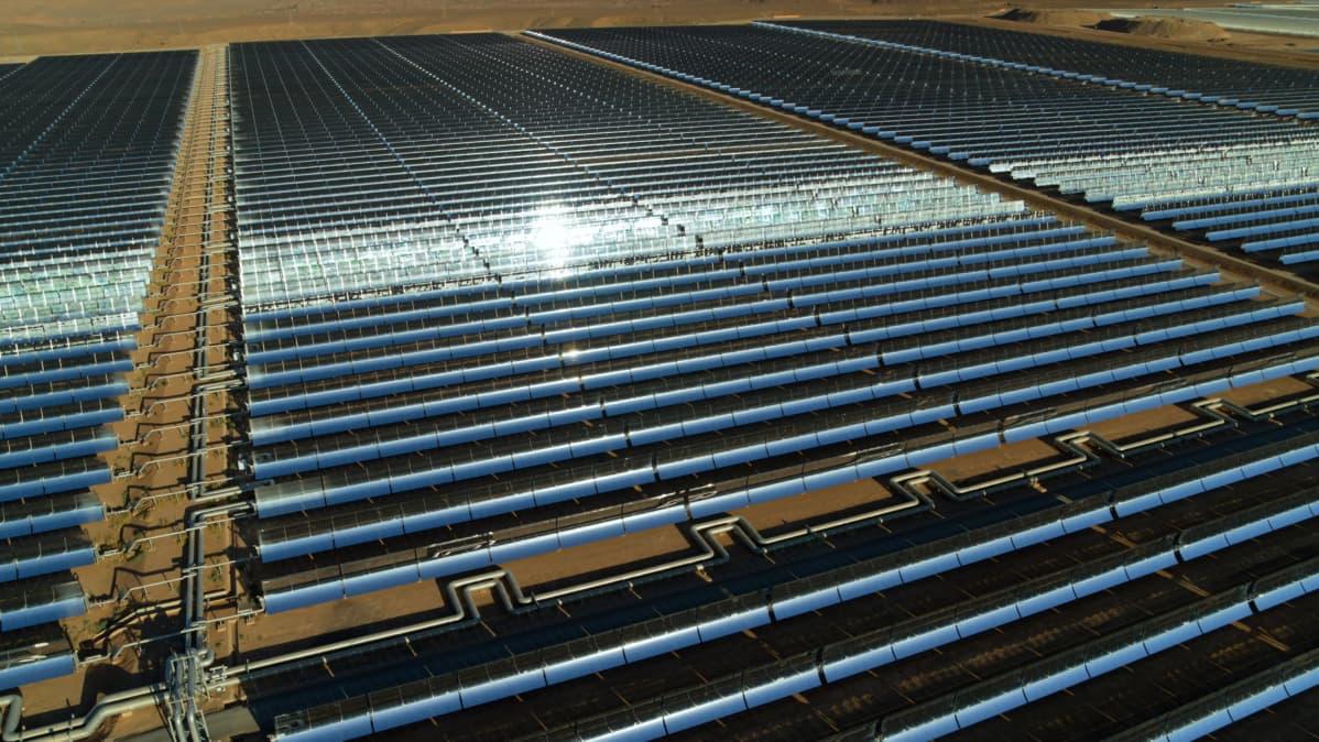 Aurinkopaneeleja Marokossa.