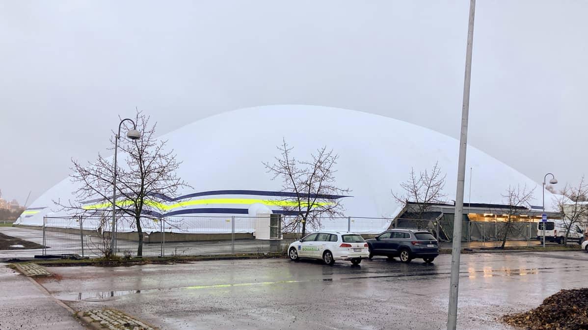 Oulun jalkapallohalli