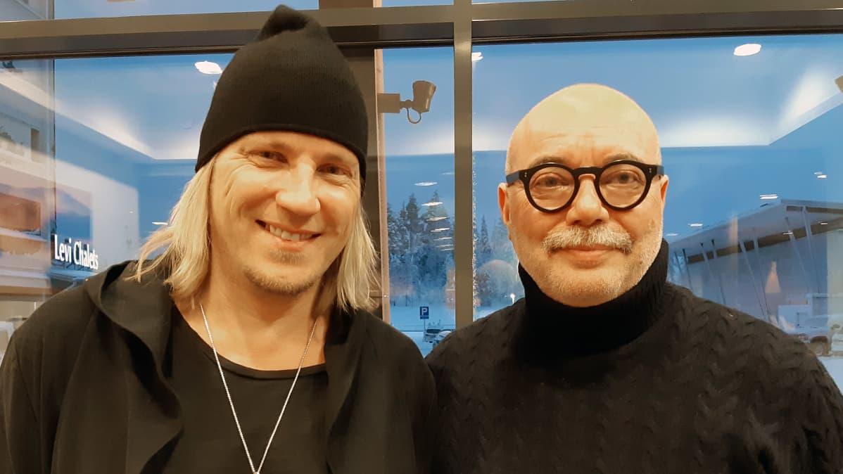 Temptation Island Suomen juontaja Sami Kuronen ja tuottaja Ilari Wirtanen