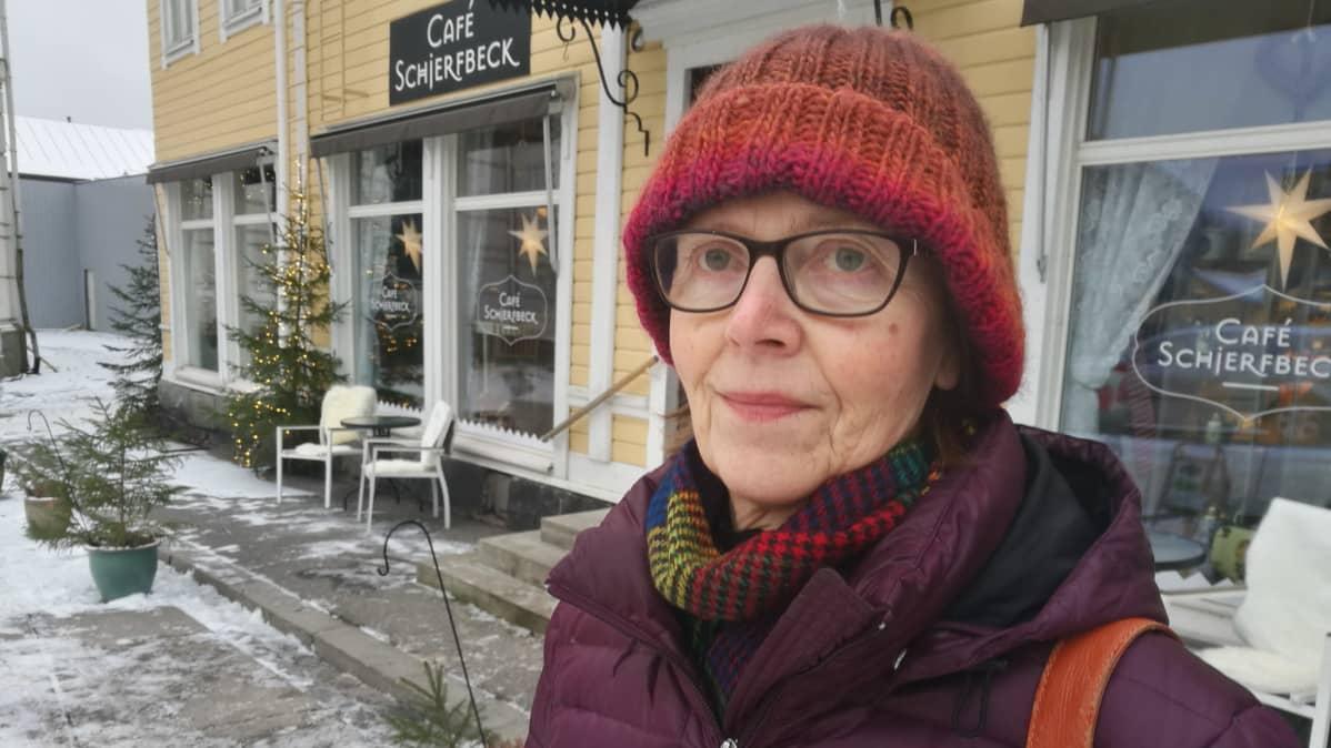 Professori Tuula Putus Turun yliopistosta.