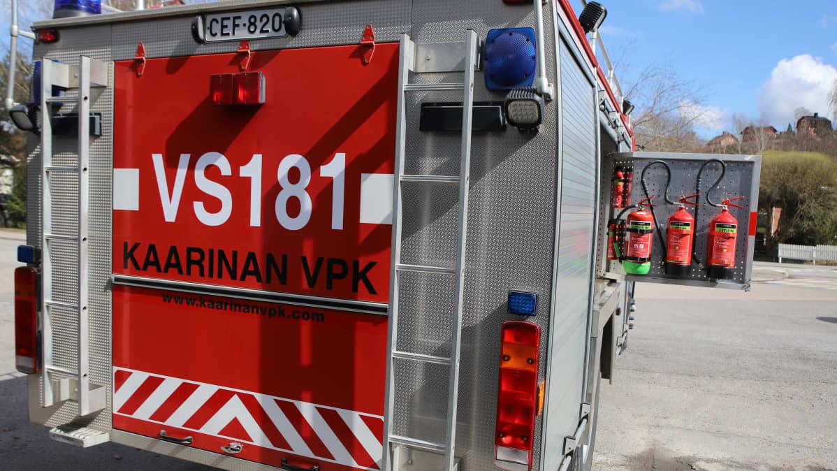 Kaarinan VPK:n paloauto Turussa.