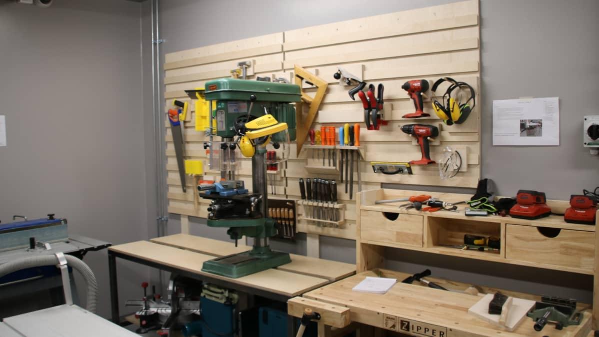 Työkaluja Jamie Hyneman Centerissä