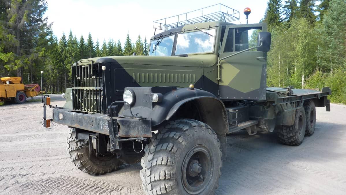 Maastokuorma-auto