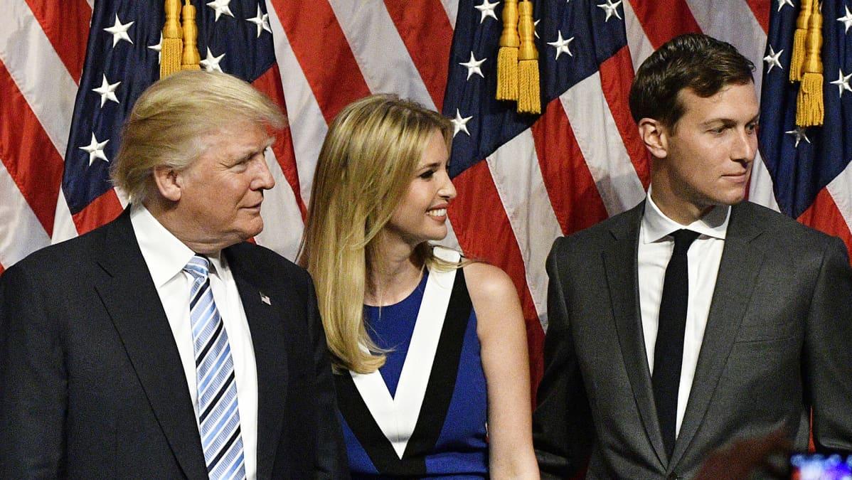 Donald Trump, Ivanka Trump ja Jared Kushner.