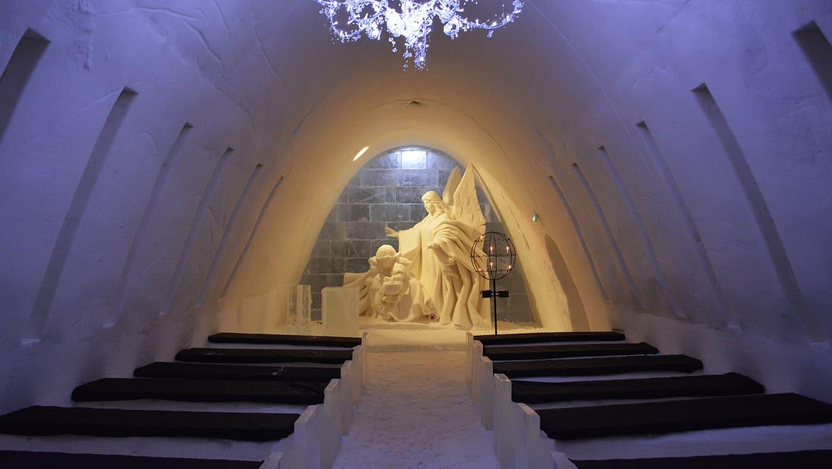 Lumilinnan kappeli 2017.