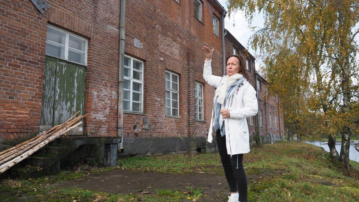 Anne Vänskä, toimitusjohtaja, Liperin Mylly, meijerirakennus