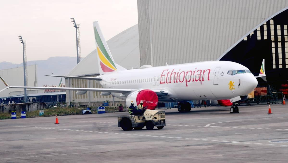 Ethiopian Airlines Boeing 737 Max -konetyypin lentokone Bolen kansainvälisellä lentokentällä Addis Ababaissa