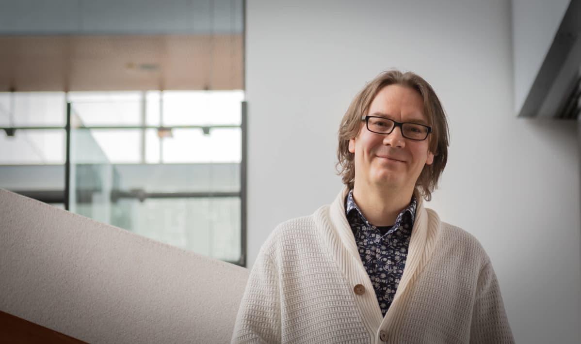 LähiTapiolan ekonomisti Hannu Nummiaro
