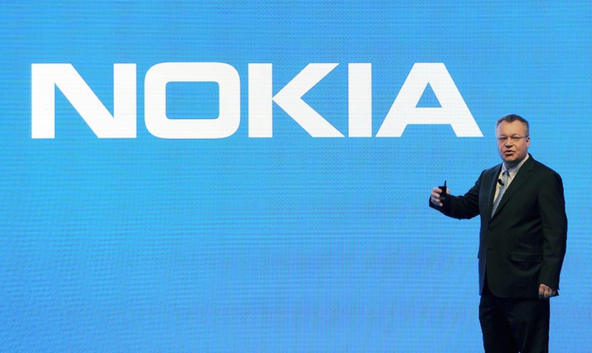 Nokian toimitusjohtaja Stephen Elop lehdistötilaisuudessa Barcelonassa helmikuussa 2013.